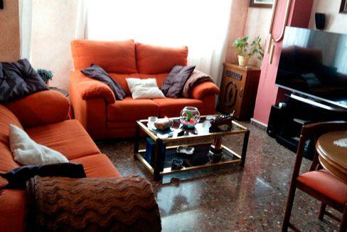 Luminoso piso en venta con cocina office en Santa Rosa-salon2
