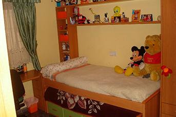 Piso grande y reformado con trastero en Santa rosa-dormitorio2