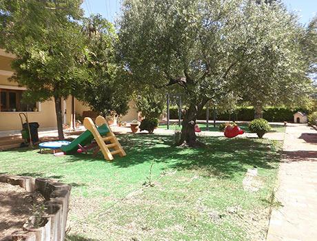 Soleado piso con piscina en la zona de Gormaig-jardin
