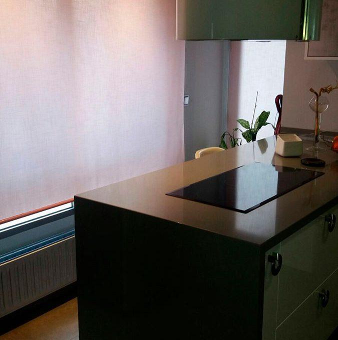 Soleado y totalmente reformado piso en santa rosa-cocina2