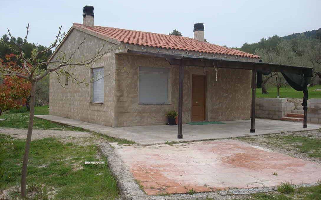 Casa de campo con buena orientación en cocentaina-exterior2