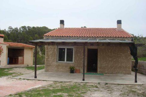 Casa de campo con buena orientación en cocentaina-exterior3