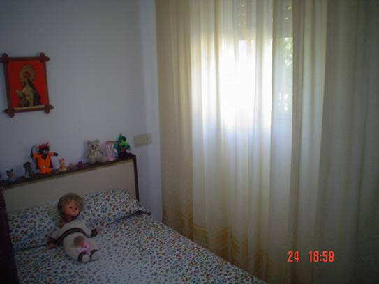 Casa de campo con cocina reformada y barbacoa en Gorga-dormitorio