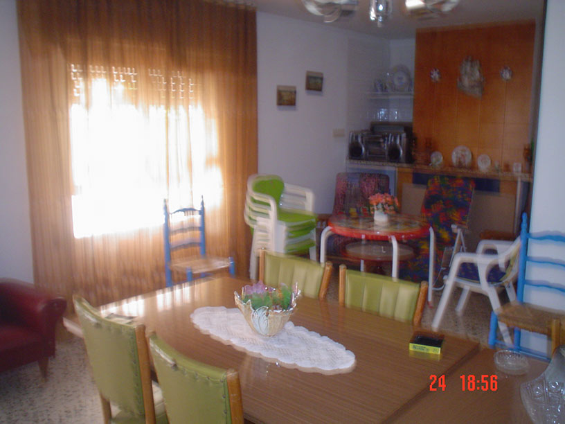 Casa de campo con cocina reformada y barbacoa en Gorga-salon