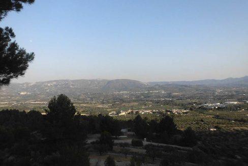 Casa refugio con buena vistas situada en gayanes-vistas2