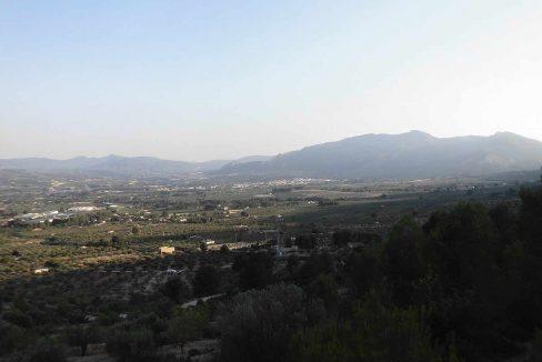 Casa refugio con buena vistas situada en gayanes-vistas3