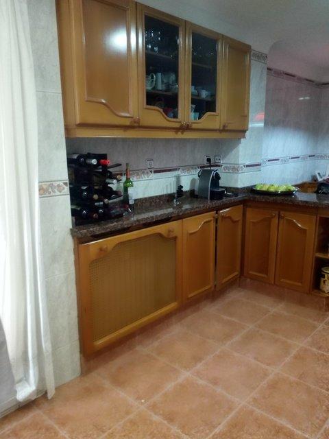 Amplio y luminoso piso reformado en Santa rosa-cocina