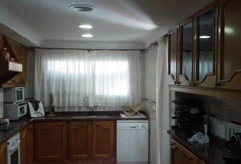 Amplio y luminoso piso reformado en Santa rosa-cocina2