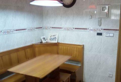 Amplio y luminoso piso reformado en Santa rosa-cocina3