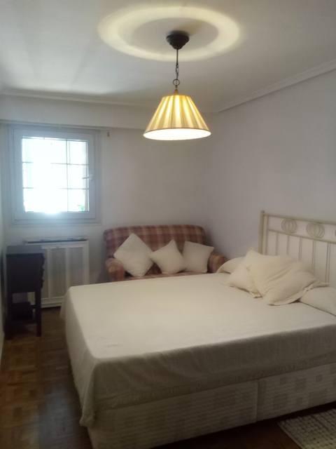 Amplio y luminoso piso reformado en Santa rosa-dormitorio