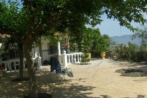 Casa de campo acondicionada con piscina y barbacoa-patio