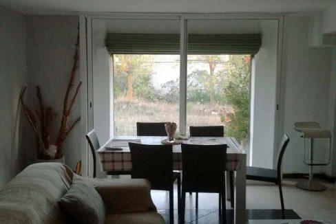 Casa de campo con dos plantas y piscina en Mariola-comedor2