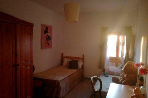 Casa de campo con dos plantas y piscina en Mariola-dormitorio2