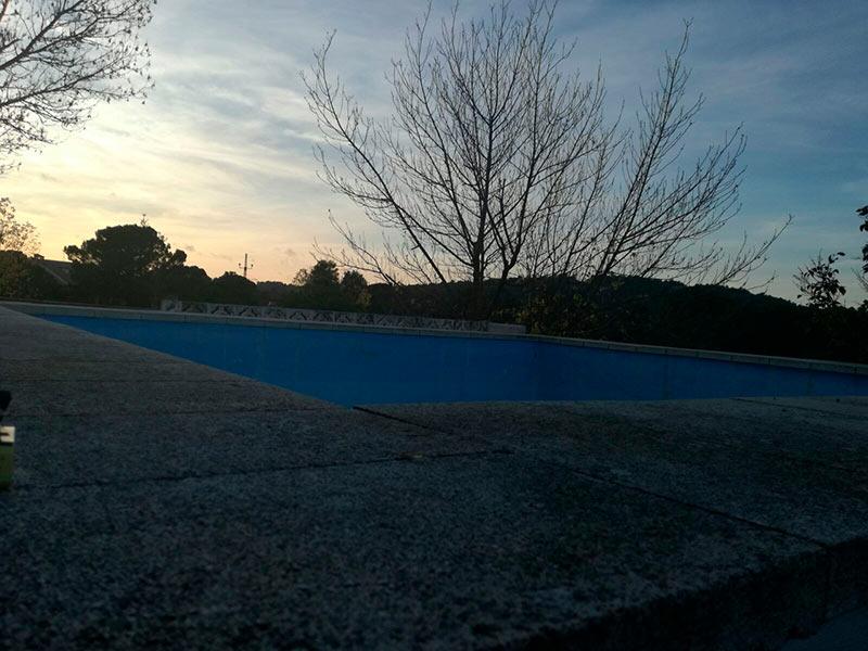 Casa de campo con dos plantas y piscina en Mariola-piscina