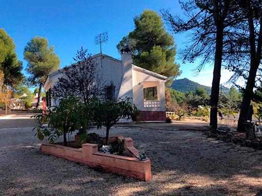 Casa de campo con paellero en venta en Pinatell-exterior