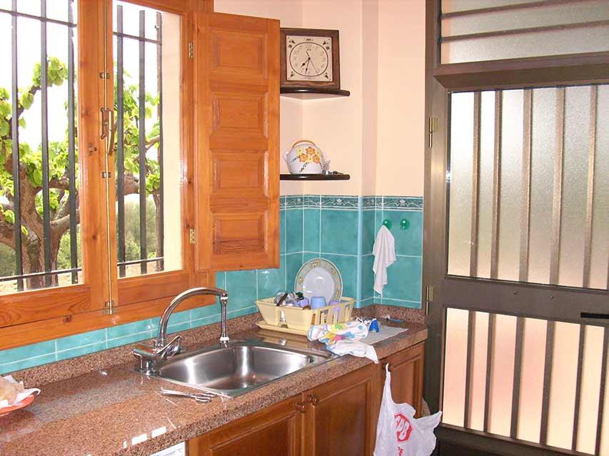 Casa de campo en venta con buenas vistas y piscina-cocina