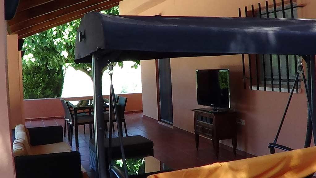Casa de campo en venta con buenas vistas y piscina-zona apergolada