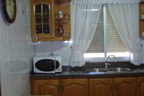 Casita con terraza y piscina en San Rafael-cocina