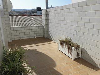 Piso en venta con balcones exteriores en Ensanche - balcon