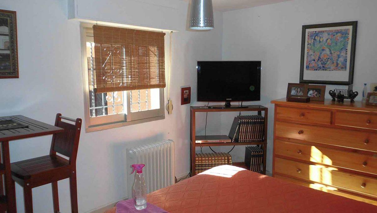Soleada casa de campo con cocina office y piscina-dormitorio2