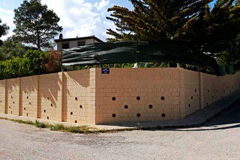 Amplio chalet de 3 alturas y 7 habitaciones con piscina en Alcoy. - Exterior 1