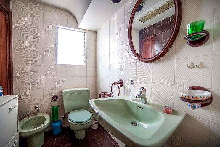 Grande piso en venta en Santa Rosa. - Baño 6(ligera)