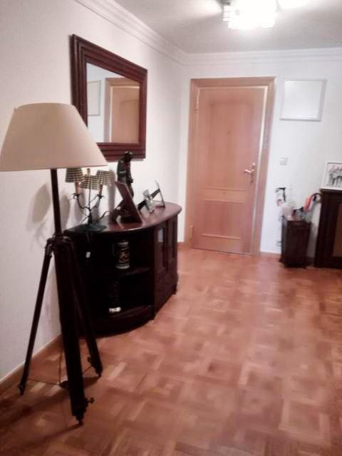 Se vende piso grande y espacioso en Santa Rosa. - Entrada 2