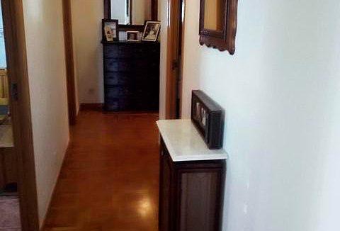 Se vende piso grande y espacioso en Santa Rosa. - Pasillo 2