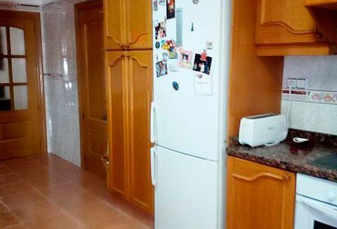 Se vende piso grande y espacioso en Santa Rosa. . Cocina 4