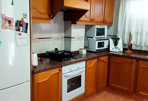 Se vende piso grande y espacioso en Santa Rosa. - cocina 2