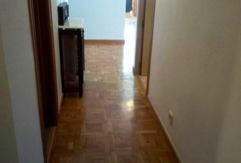 Se vende piso grande y espacioso en Santa Rosa. - Pasillo