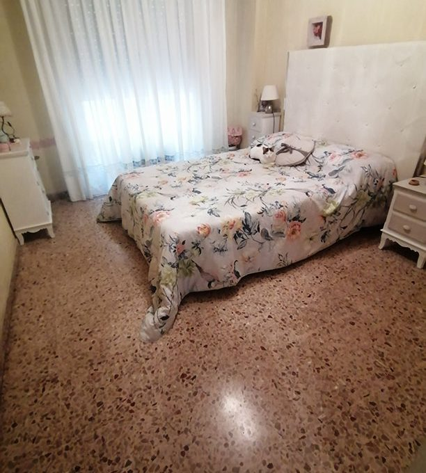 En venta extenso piso en Santa Rosa - Habitacion 4