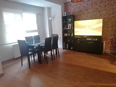Extenso e iluminado piso a la venta en Santa Rosa. - Salon 1