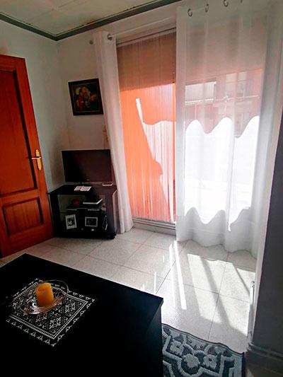 Se vende piso con terraza en Santa Rosa. - Salon 4