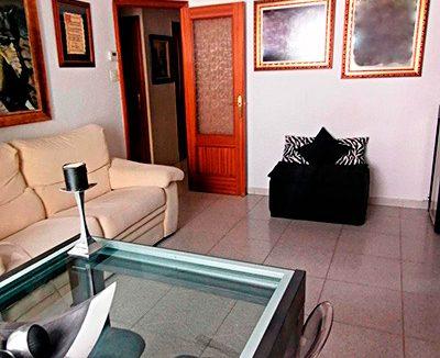 Se vende piso con terraza en Santa Rosa. - Salon 1