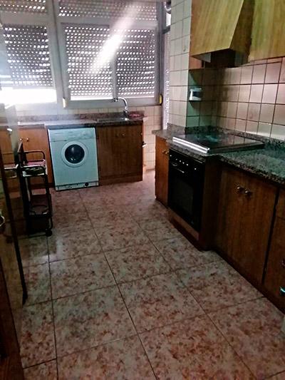 Se vende piso a buen precio en Santa Rosa. - Cocina 3