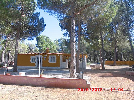 Se vende construcción de campo dividida en 2 viviendas.  - Exterior 6