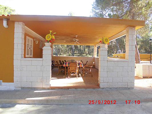 Se vende construcción de campo dividida en 2 viviendas.  - Exterior 3