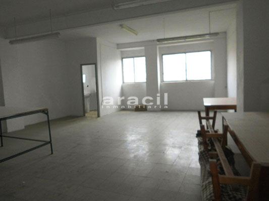 Local diáfano y amplio a la venta en la Zona Alta, Alcoy. - Sala 2