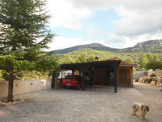 Bonita casa de campo con sauna a la venta. - Pergola 2