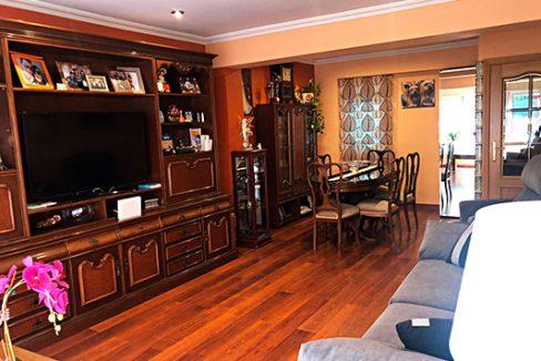 Gran piso espacioso a la venta en Santa Rosa. - Salon-comedor 3