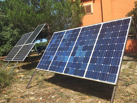 Magnífica casa de campo a la venta. - Placas solares 2