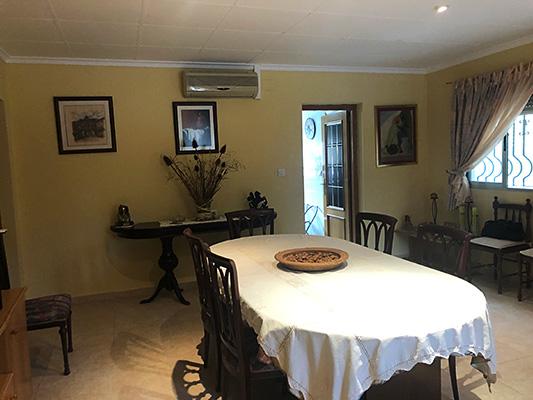 Se vende casa de campo con gran extensión de terreno  - Comedor-salon 1