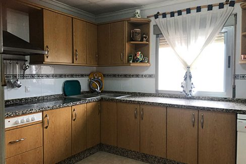 Se vende casa de campo con gran extensión de terreno  - Cocina 3