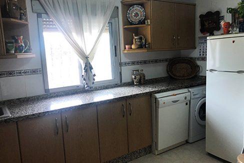 Se vende casa de campo con gran extensión de terreno  - Cocina 1