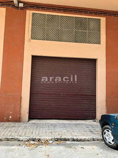 A la venta local comercial en la Zona Norte, Alcoy. - Persiana 3