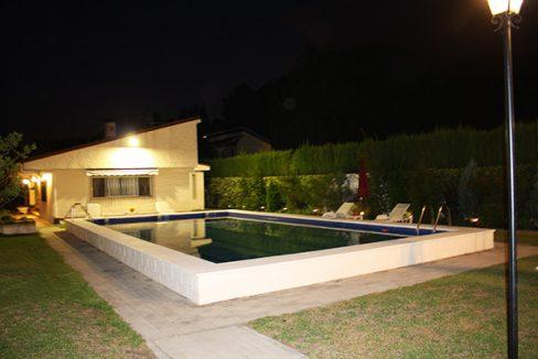 Fantástico chalet a la venta en la Plana de Muro - Piscina Noche 2