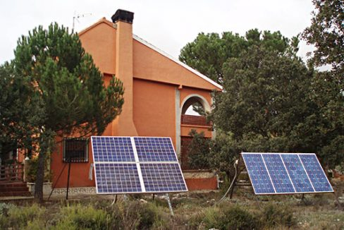 Magnífica casa de campo a la venta. - Placas solares 1