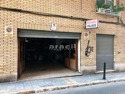 Local cochera/taller a la venta en Santa Rosa, Alcoy. - Entrada