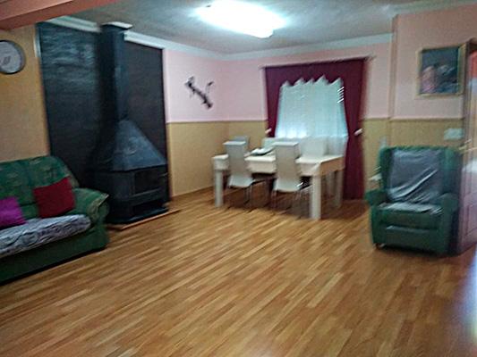 Se vende casa de campo con piscina en Baradello. - Salon 1
